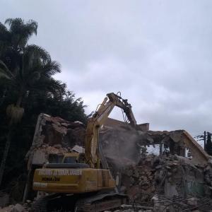 Demolição de residência