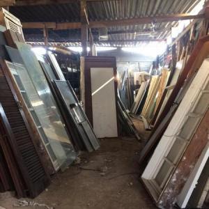 Onde vender material de construção usado
